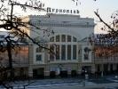 Вокзал - головні ворота міста (фото В. Берестецького)